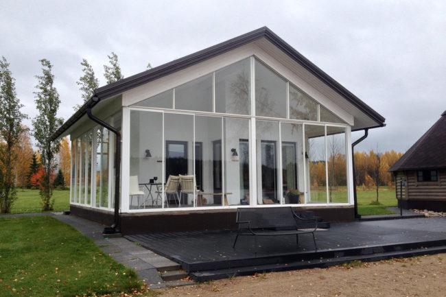 Lasituspalvelu Pihlavamäki palvelee asiakkaitaan aina mittaus- ja suunnittelutyöstä asennukseen asti.